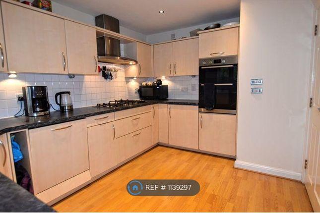 5 bed terraced house to rent in Clifton Moor, Oakhill, Milton Keynes MK5