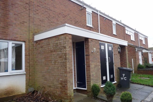 Thumbnail Flat to rent in Waveney Close, Daventry