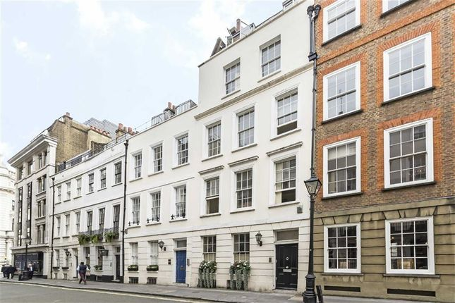 Thumbnail Terraced house for sale in St. James's Place, London