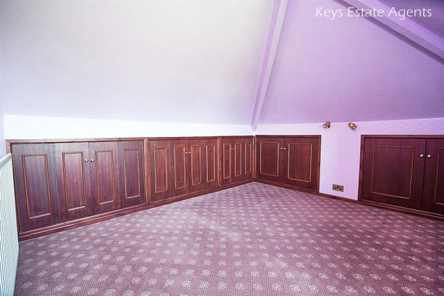 Attic Room Ang3 of Uttoxeter Road, Blythe Bridge, Stoke-On-Trent ST11