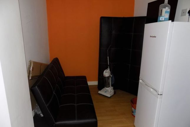 Communal Lounge of Sunbridge Road, Bradford BD1