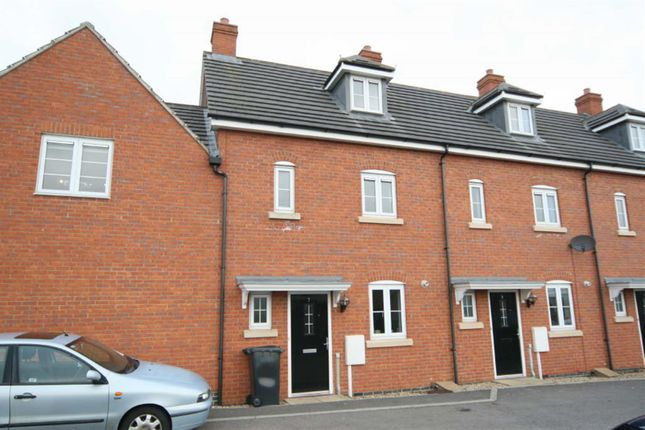 3 bed town house to rent in Mallard Court, Oakham LE15