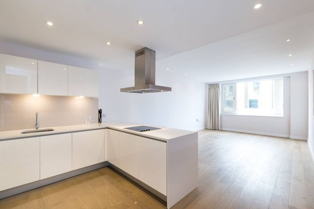 Thumbnail Flat to rent in Gatliff Road, Chelsea