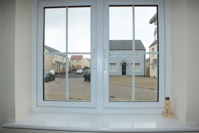 Picture No. 16 of Sunningdale Drive, Hubberston, Milford Haven SA73