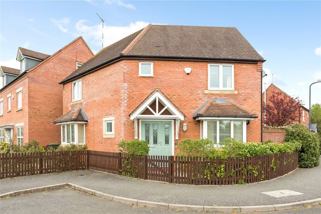 Thumbnail Detached house for sale in Buchan Close, Stratford-Upon-Avon