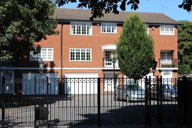 Thumbnail Terraced house for sale in Radnor Close, Henley-On-Thames