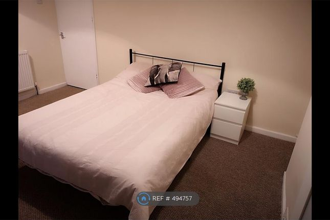 Thumbnail Room to rent in Hendre Farm Drive, Newport