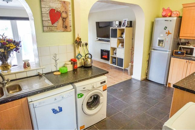 Kitchen of Lock Villas, Thelwall Lane, Latchford, Warrington WA4