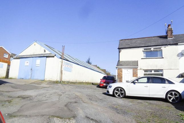 Thumbnail Parking/garage for sale in Tylacelyn Road, Penygraig, Tonypandy
