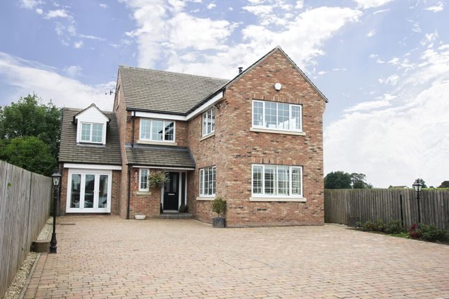 5 bed detached house for sale in Station Road, Ossett, Wakefield