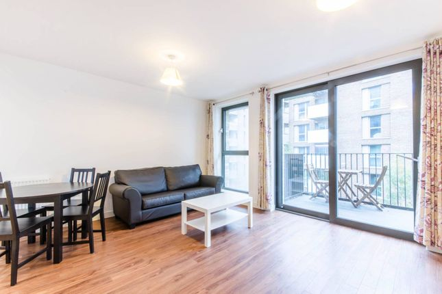 1 bed flat to rent in Bramwell Way, Royal Docks, London E16