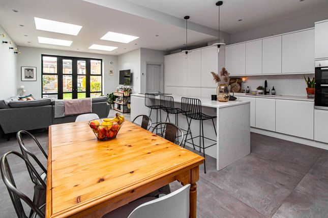 Terraced house for sale in Lovelace Gardens, Southend-On-Sea