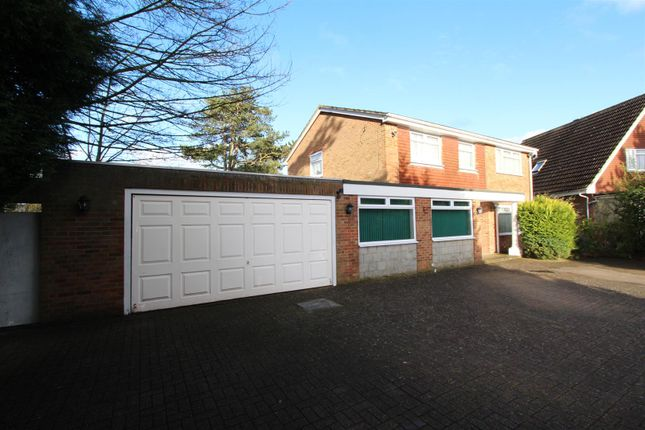 Thumbnail Detached house for sale in Acacia Drive, Banstead