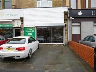 Retail premises to let in 34B Station Road, Blackpool, Lancashire