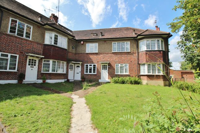 Thumbnail Maisonette for sale in Crescent Road, Finchley Central