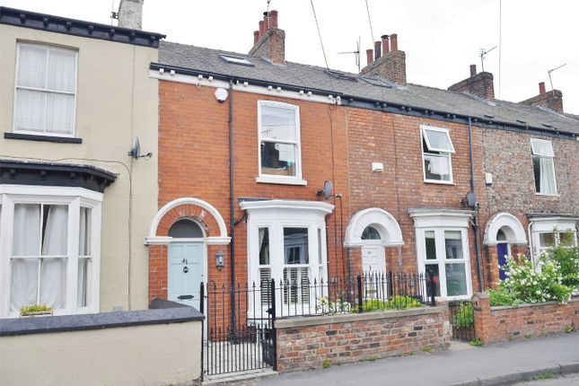 Thumbnail Town house for sale in Nunthorpe Road, Scarcroft Road, York