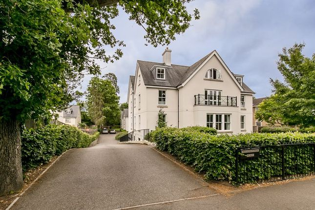 Flat for sale in Wellingtonia Place, Reigate Hill, Reigate, Surrey