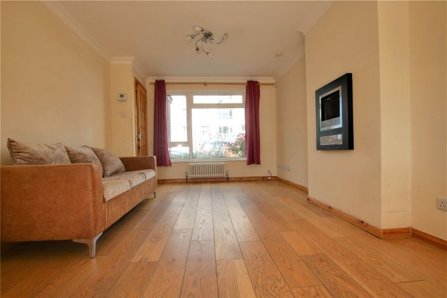 Picture No. 18 of Lesford Road, Reading, Berkshire RG1