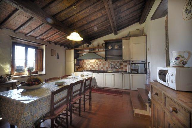 Londa Tuscany 50060 Italy 6 Bedroom Farmhouse For Sale