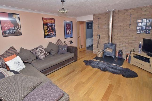 Room To Rent In Heathfield