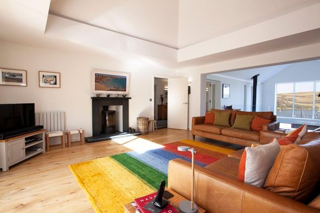 Lounge of Freshwater Lane, St Mawes, Cornwall TR2