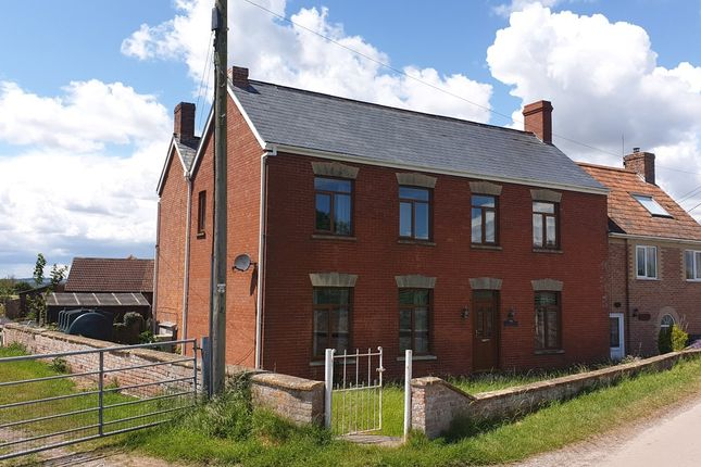 Thumbnail Farmhouse to rent in Saltmoor, Burrowbridge