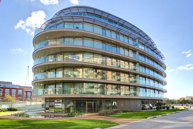Thumbnail Flat for sale in Goldhurst House, Fulham Reach