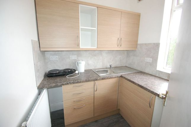 Thumbnail Flat to rent in Charnwood Street, Derby