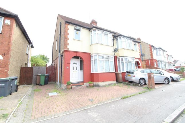 Thumbnail Property to rent in Chester Avenue, Leagrave, Luton