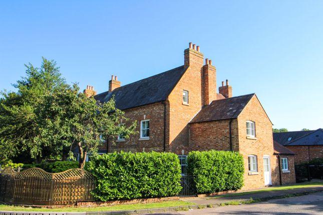 Thumbnail Flat for sale in Bull Inn Close, Weedon