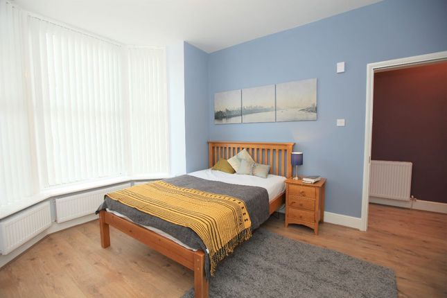 Thumbnail Shared accommodation to rent in St. Andrews Court, Noctorum Lane, Prenton