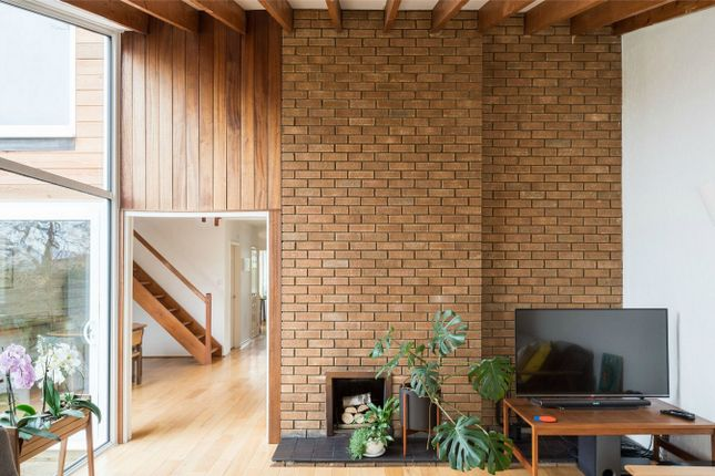 Thumbnail Detached house for sale in Hitchin, Hertfordshire