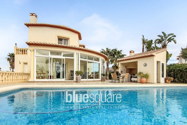 3 bed property for sale in Pedreguer, Valencia, 03730, Spain