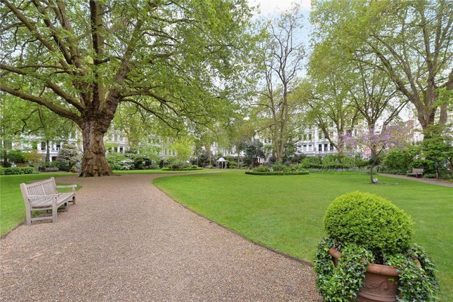 Thumbnail Maisonette for sale in Collingham Road, Earls Court, London