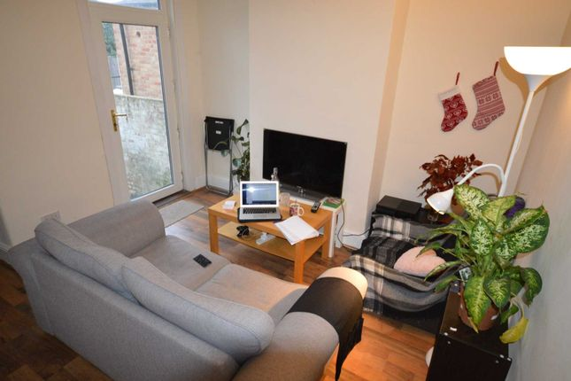 Thumbnail Property to rent in Downsell Road, London