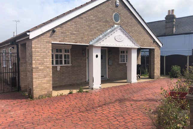 Thumbnail Detached bungalow to rent in Holland Road, Little Clacton, Clacton-On-Sea