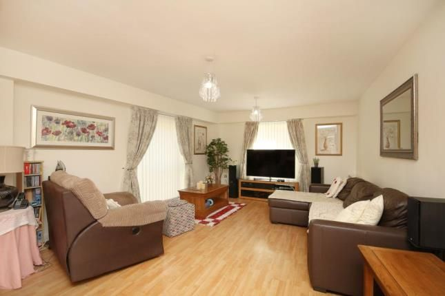 Lounge of Royal Plaza, 2 Westfield Terrace, Sheffield, South Yorkshire S1