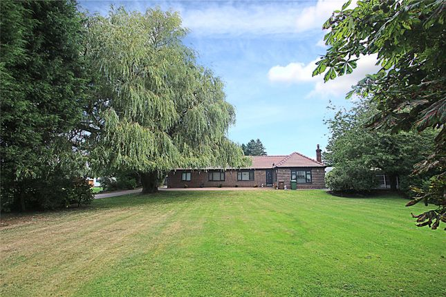 Thumbnail Bungalow for sale in Doncaster Road, North Elmsall, Pontefract, West Yorkshire