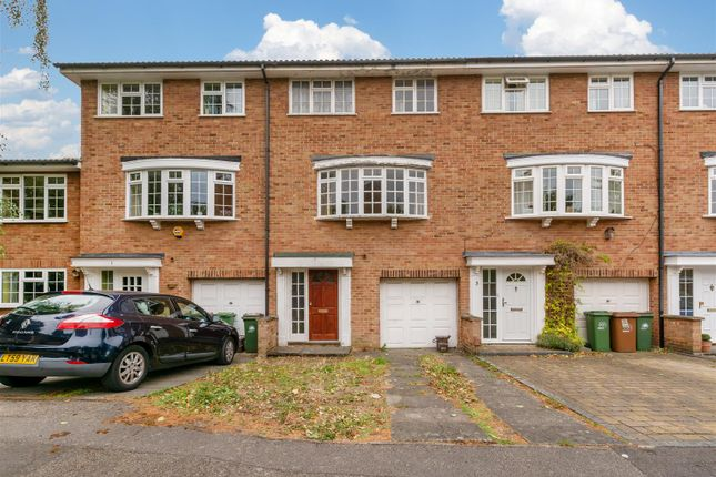 Thumbnail Property for sale in Chalcot Close, Sutton