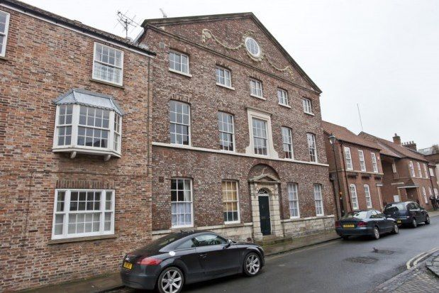 Thumbnail Flat to rent in 20 St. Andrewgate, York