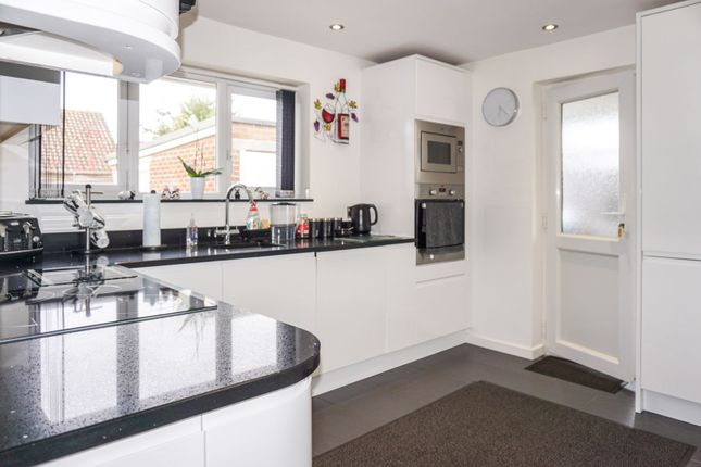 Thumbnail Bungalow for sale in Highdown Drive, Littlehampton