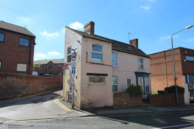 Thumbnail Flat to rent in 28 Nottingham Road, Stapleford