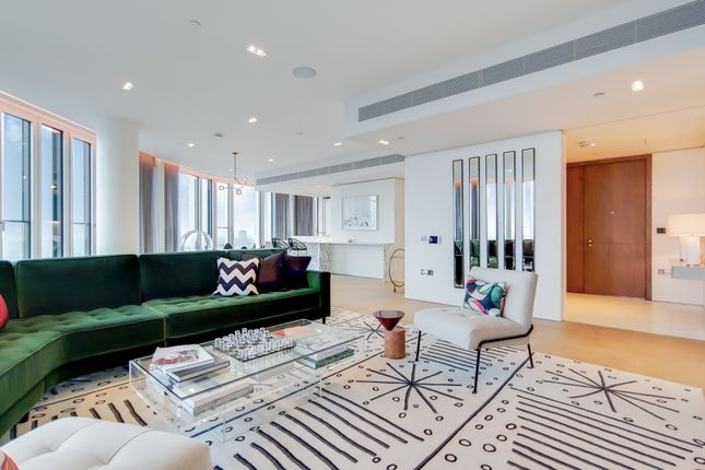 Thumbnail Flat for sale in Southbank Tower, Upper Ground, London