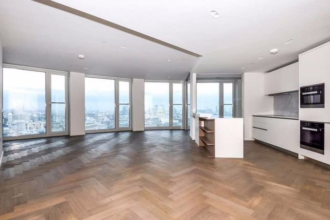 Thumbnail Flat to rent in Southbank Tower, 55 Upper Ground, London