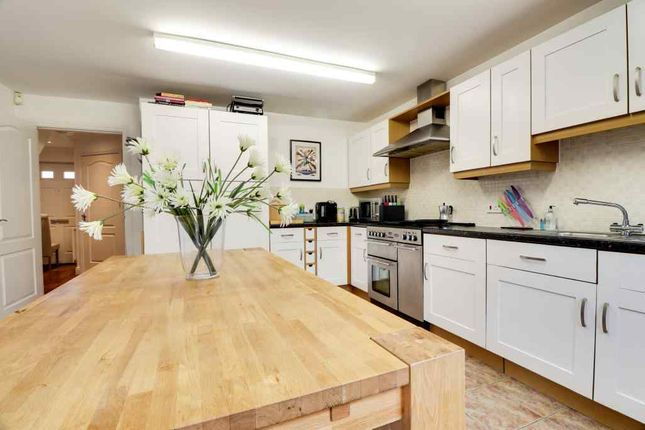 Thumbnail Detached house for sale in Pollards Way, Lower Stondon, Henlow