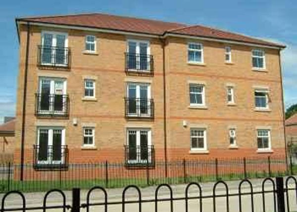 Thumbnail Flat to rent in Conisborough Way, Hemsworth, Pontefract