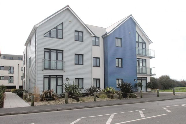 Thumbnail Flat to rent in Eirene Road, Goring-By-Sea, Worthing