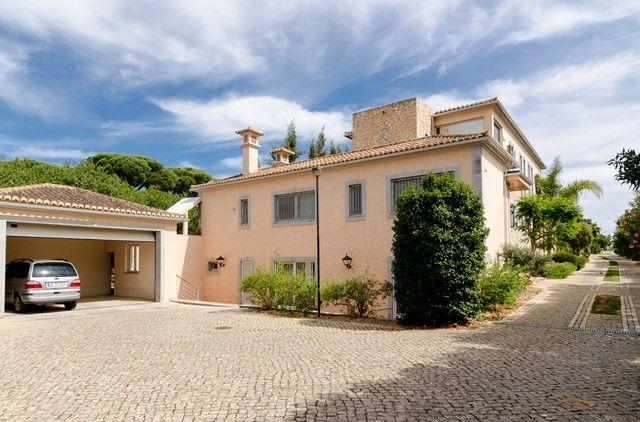 5 bed villa for sale in Portugal, Algarve, Vale Do Lobo Area