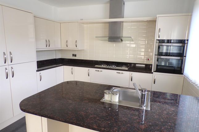 Thumbnail Detached house to rent in Old Road, Llanelli