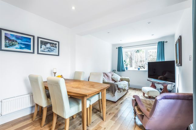 Flat for sale in Faraday Road, London